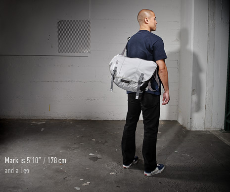 D-Lux Laptop Racing Stripe Messenger Bag