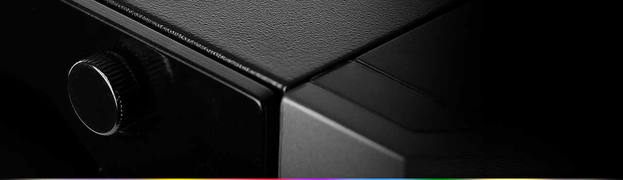 Closeup of a screw that is keeping the case's side panel on