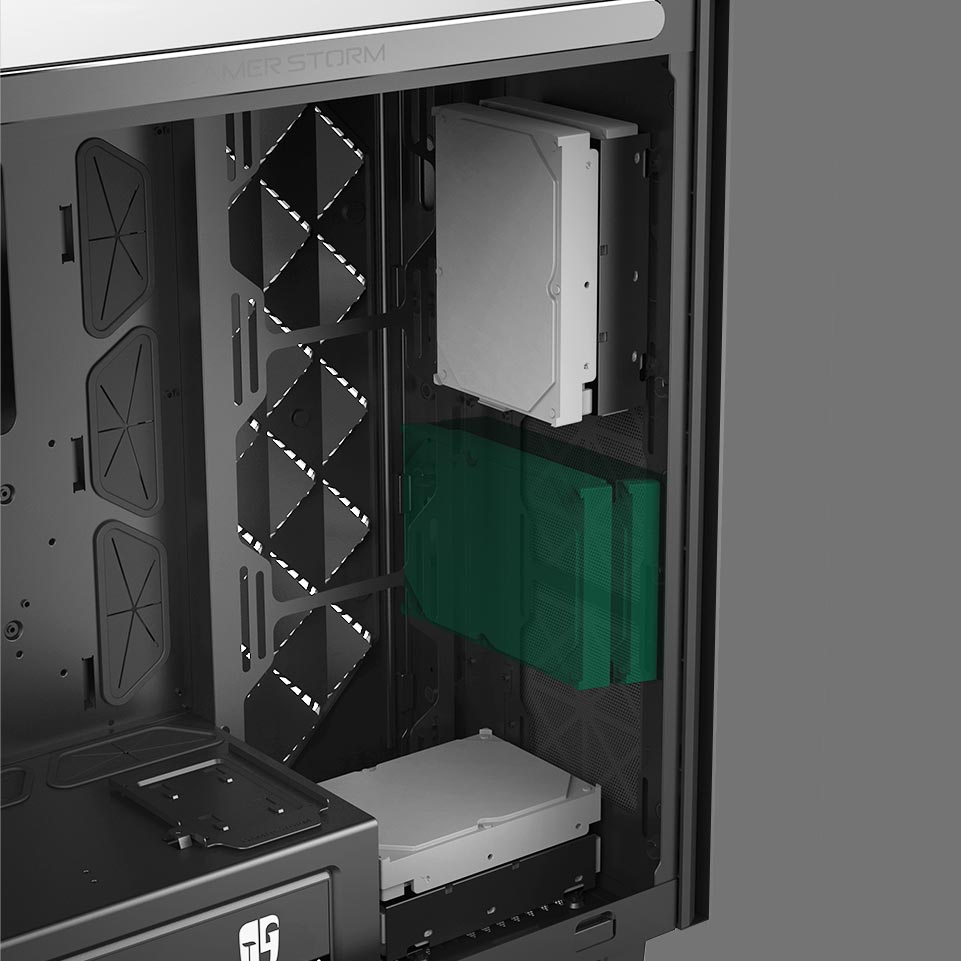 Macube 550's 2 HDD holders are included, each of which can hold 2 x 3.5-inch hard drives