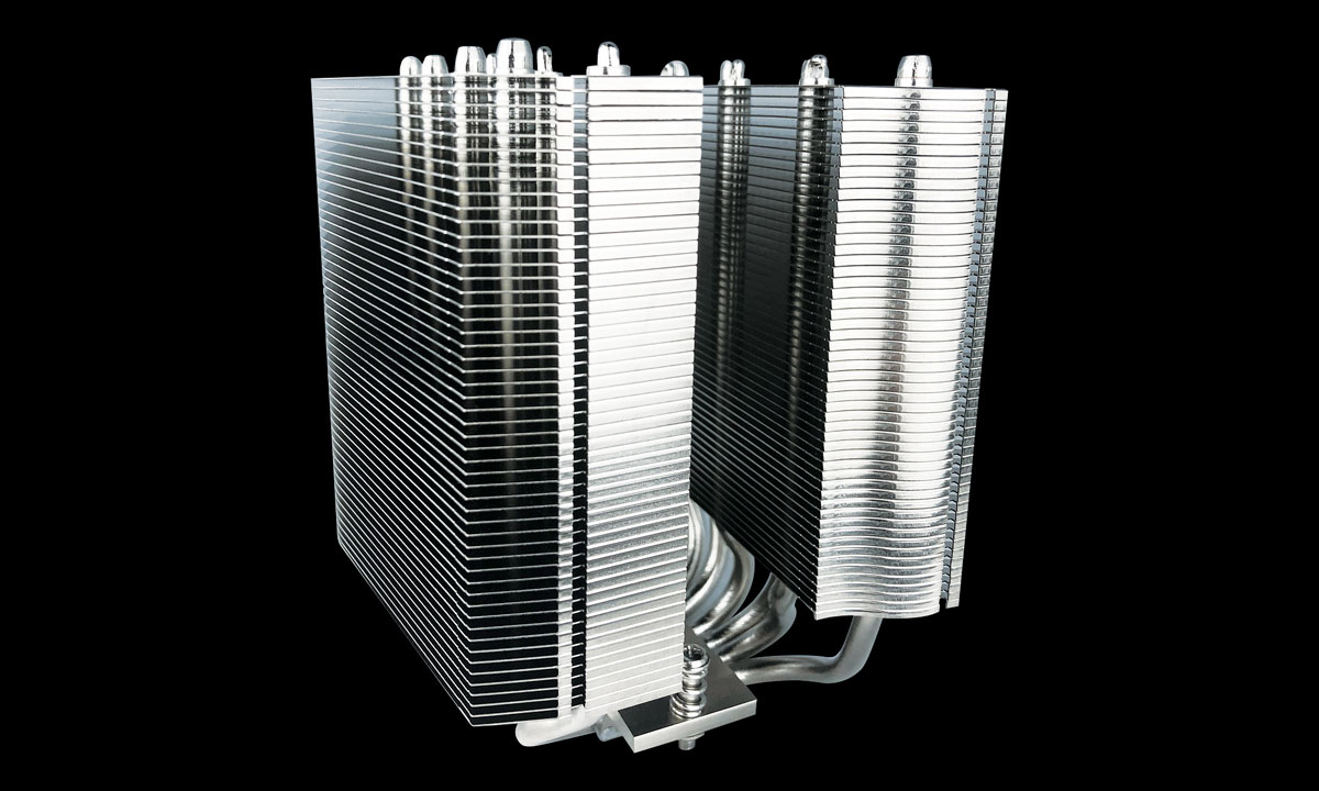 Side view of the dual tower heat sink with fans and plastic part removed, showing dense fins and multiple heat pipes