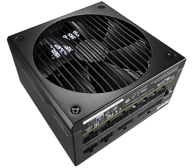 CUSTOM-TAILORED FAN on top of the Fractal Design Power Supply