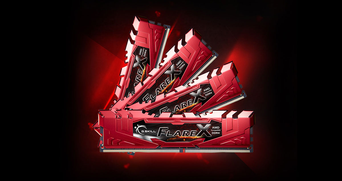 Four Flare X RAMs with red heat spreaders arranged in a sector shape