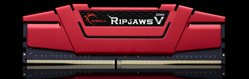 Front view of the G.SKILL Ripjaws V in red heat spreader in standing position
