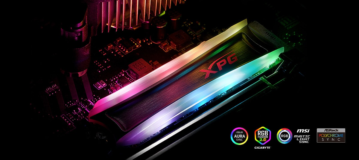 A SPECTRIX S40G installed on the motherboard, with RGB lighting turned on. Placed on the bottom right are logos of Asus Aura Sync, Gigabyte RGB Fusion, MSI Mystic Light Sync and ASRock Polychrome Sync.