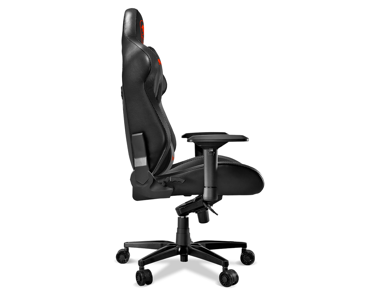 ARMOR TITAN Gaming Chair facing to the right
