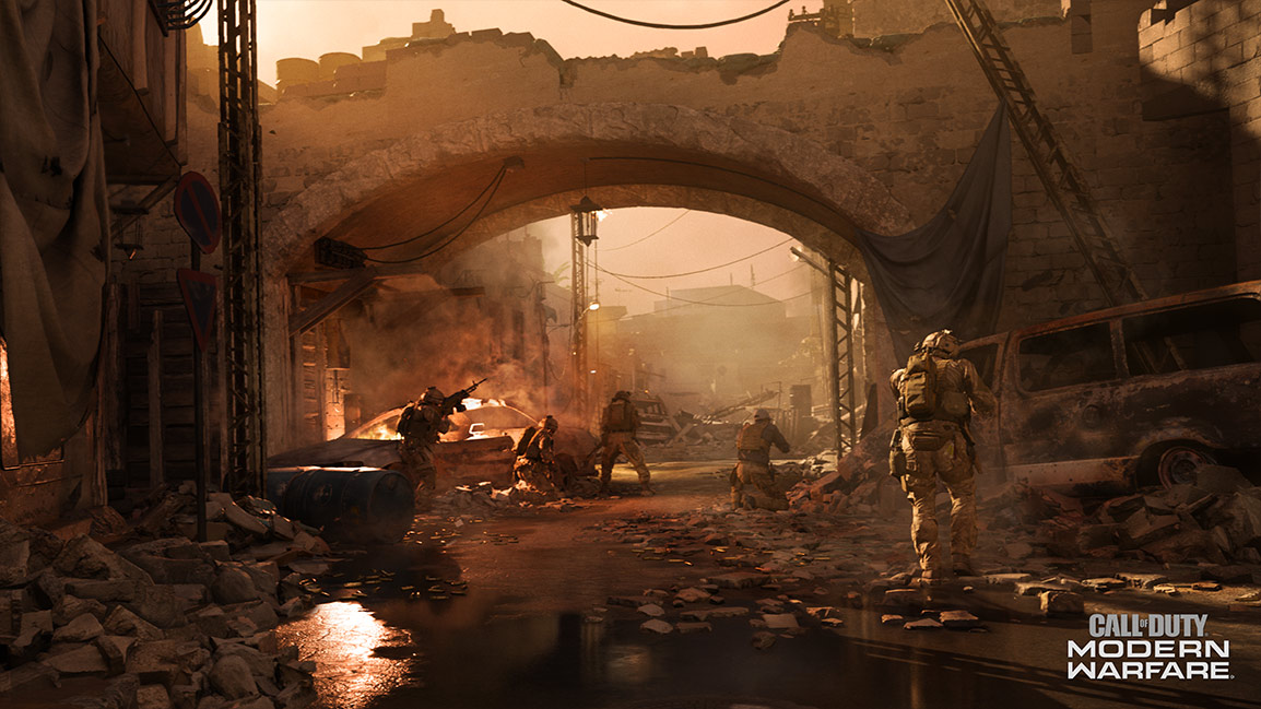 Call of Duty Modern Warfare screenshot showing soldiers in a ruined desert city street