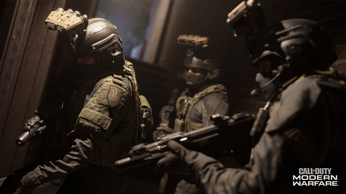 Call of Duty Modern Warfare screenshot showing three covert soldiers indoors
