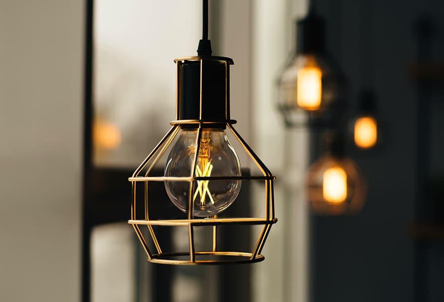 TP-Link Kasa Filament Smart Bulb KL50 Review | PCMag