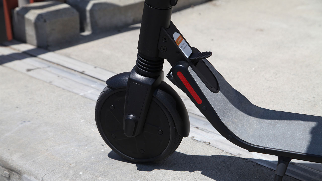 Segway Ninebot ES4 KickScooter w 2nd Battery - Pro Electric Kick Scooter  for Adults Offroad - Folding e-Scooter with Upgraded Motor - Newegg com