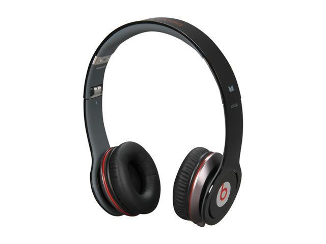 Beats by Dr. Dre Black Beats Solo HD 3.5mm Connector On Ear Headphone with ControlTalk (Black)
