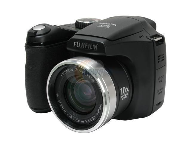 FUJIFILM FinePix S700 Black 7.1 MP 10X Optical Zoom Digital Camera