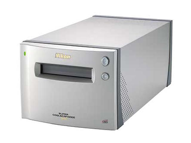 Nikon Inc 9000 ED 48bit CCD Film 4000 x 4000dpi Super Coolscan Scanner