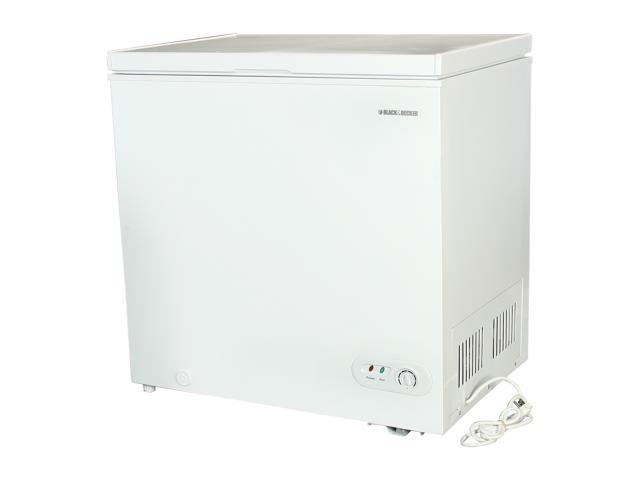 Black & Decker 5.3 Cu. Ft. 5.3 Cu. Ft. Chest Freezer White BFE53