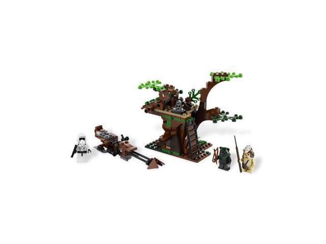 LEGO® Star Wars Ewok Attack