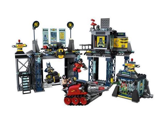 LEGO: Super Heroes: Batcave