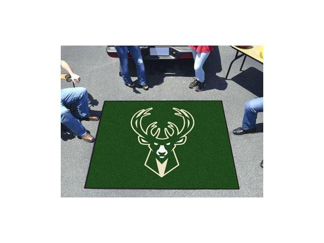 NBA - Milwaukee Bucks Tailgater Rug 5'x6'