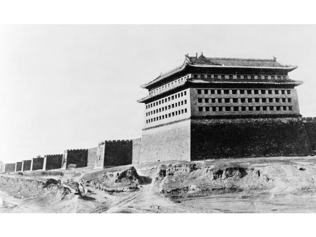The Great Wall Of China Nphotograph C1920 Poster Print by  (18 x 24)
