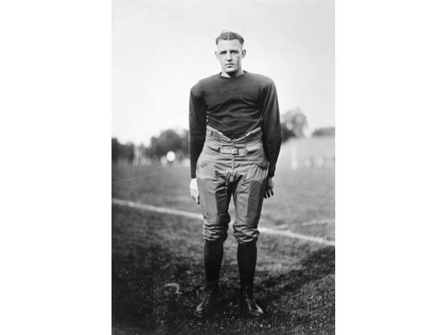 Harold (Red) Grange N(1903-1991) American Football Player Poster Print by  (18 x 24)