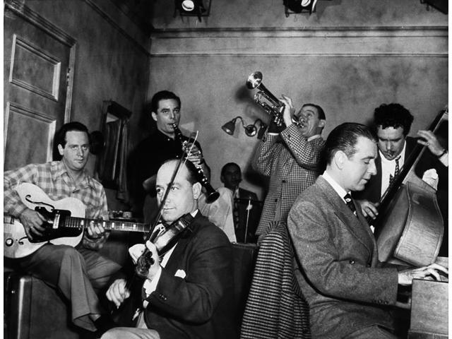 Jam Session 1947 Njam Session At A Hollywood Studio Les Paul Guitar Joe Venuti Violin Wingy Manone Trumpet Candy Candido Bass Jess Stacy Piano Jerry Wald Clarinet Abe Lyman Drums Photographed In March