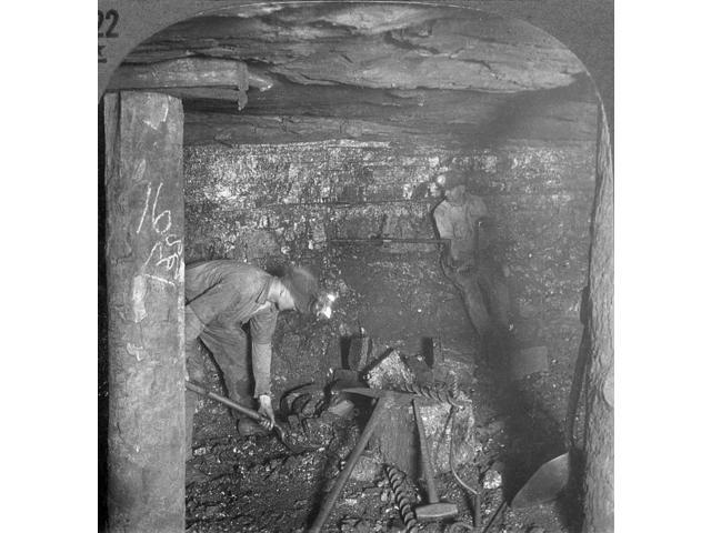 Pennsylvania Coal Miners Nminers At Work In An Anthracite Coal Mine Near Scranton Pennsylvania Late 1920S Poster Print by  (18 x 24)