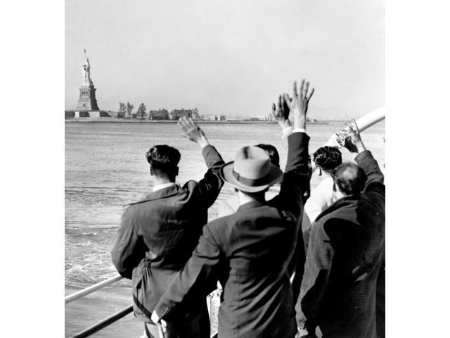 Ellis Island Deportees 1952 Poster Print by Science Source (18 x 24)