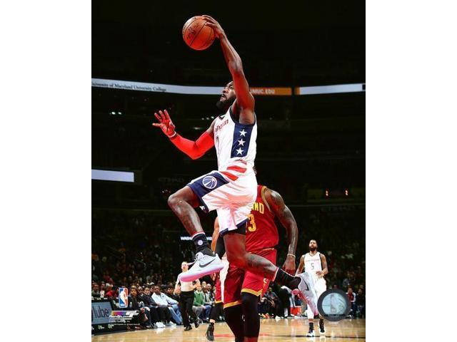 John Wall 2016-17 Action Photo Print (8 x 10)