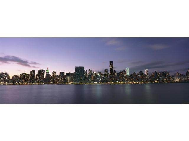 Manhattan Island Viewed From Long Island City At Dusk Poster Print (36 x 12)