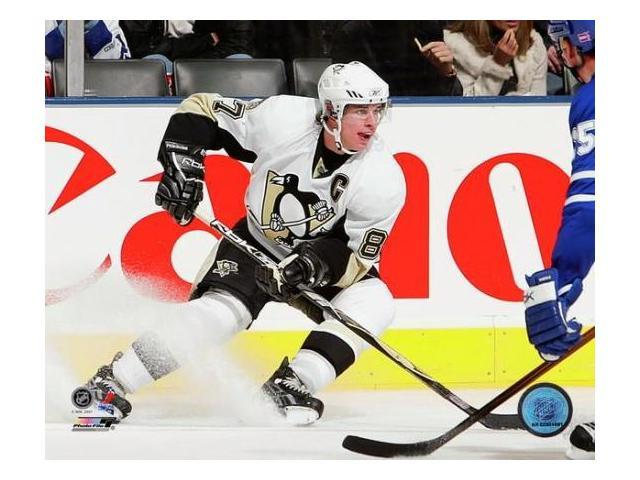 Sidney Crosby - 2007 Away Action Photo Print (8 x 10)