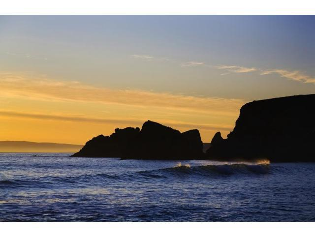 Ballydowane Cove Bunmahon Copper Coast Geopark County Waterford Ireland Poster Print (19 x 12)