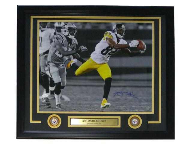 Antonio Brown Signed Framed Pittsburgh Steelers 16x20 Spotlight Photo JSA