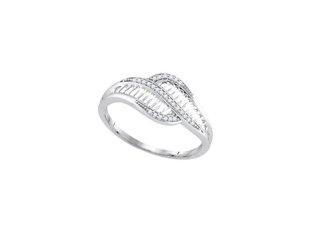 0.08 Ctw Diamond 10kt White Gold Womens Round Diamond Simple Bypass Cluster Ring