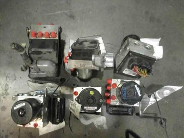 15 16 Nissan Versa Anti Lock Brake Unit ABS Pump Actuator Assembly 12K OEM LKQ