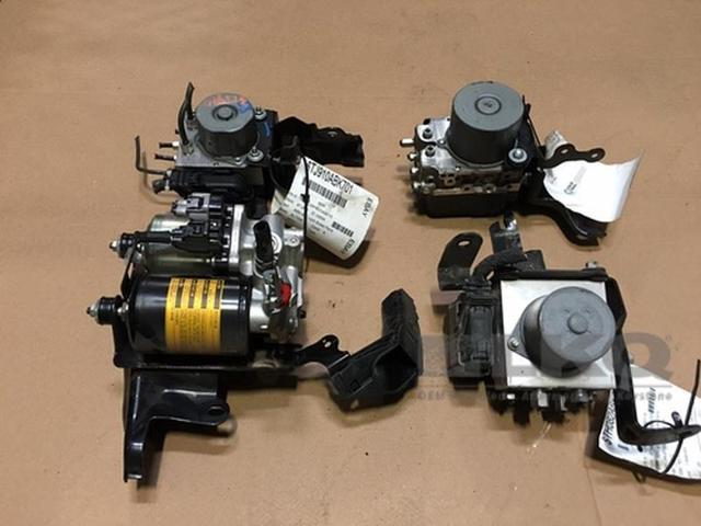 08-11 GMC Acadia Anti Lock Brake Unit ABS Pump Assembly 163K OEM LKQ