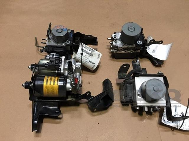 10 11 Toyota Camry Anti Lock Brake Unit ABS Pump Assembly 91K OEM LKQ