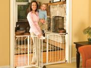 Regalo Extra Wide Wide Span Metal Walk-through Gate