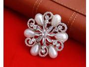 Elegant Women Brooches Pins ,Flower Rhinestone Pearl Silver Plated Brooches  for Wedding