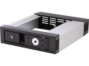 "SNT SNT-BPSS101ATL 1 x 5.25"" Bay to 1 x 3.5"" Hotswap SATA/SAS HDD 6.0 Gbps Tray-Less backplane"
