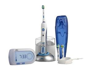 Oral-B D30.526.4X Triumph 9900 Toothbrush with Smart Guide