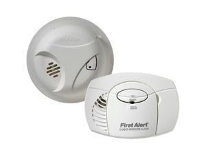 FIRST ALERT SCO403 Smoke Alarm & Carbon Monoxide Detector Combo Pack