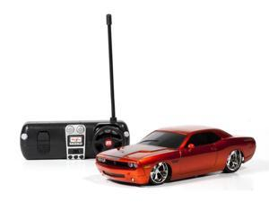 Dodge Challenger Concept 2006 RC 1:24th Scale Remote Control Car