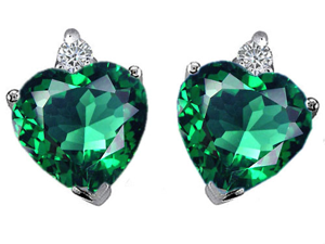 Original Star K(TM) Heart Shape 7mm Simulated Emerald Earrings