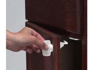 Kidco Adhesive Mount Magnet Lock Starter Set