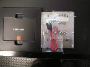 "SAMSUNG 840 Series 2.5"" 120GB SATA III Internal Solid State Drive (SSD) MZ-7TD120KW (No Manufacturer's Packaging - Bulk)"