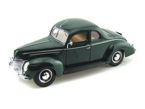 1939 Ford Deluxe 1/18 Green