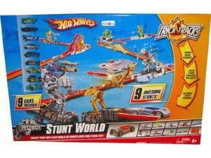 Hot Wheels Ultimate Stunt World Robot Track Play Set