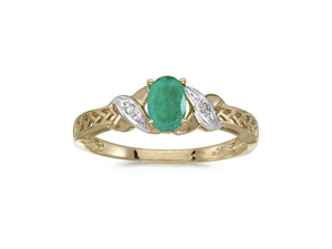 14k Yellow Gold Oval Emerald And Diamond Ring (Size 9.5)