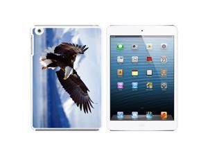 Alaska Bald Eagle Snap On Hard Protective Case for Apple iPad Mini - White