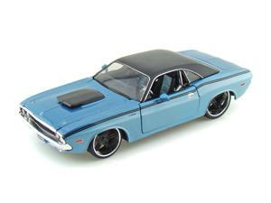 Maisto 1:24 Blue AS 1970 Dodge Challenger R/T Coupe