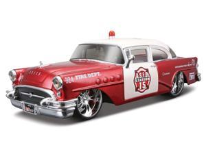 Maisto 1:26 Red AS RF 1955 Buick Century