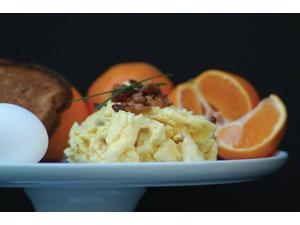 Backpacker's Pantry Scrambled Eggs with Bacon Bits: 2 Servings